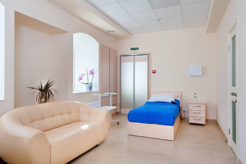Почему стоит записаться на прием к терапевту в клинике «Капелька»